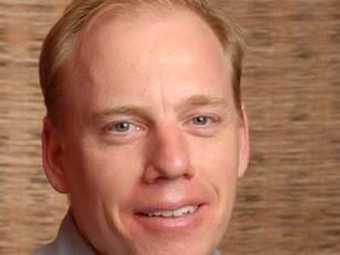 Dr Colin Scholes